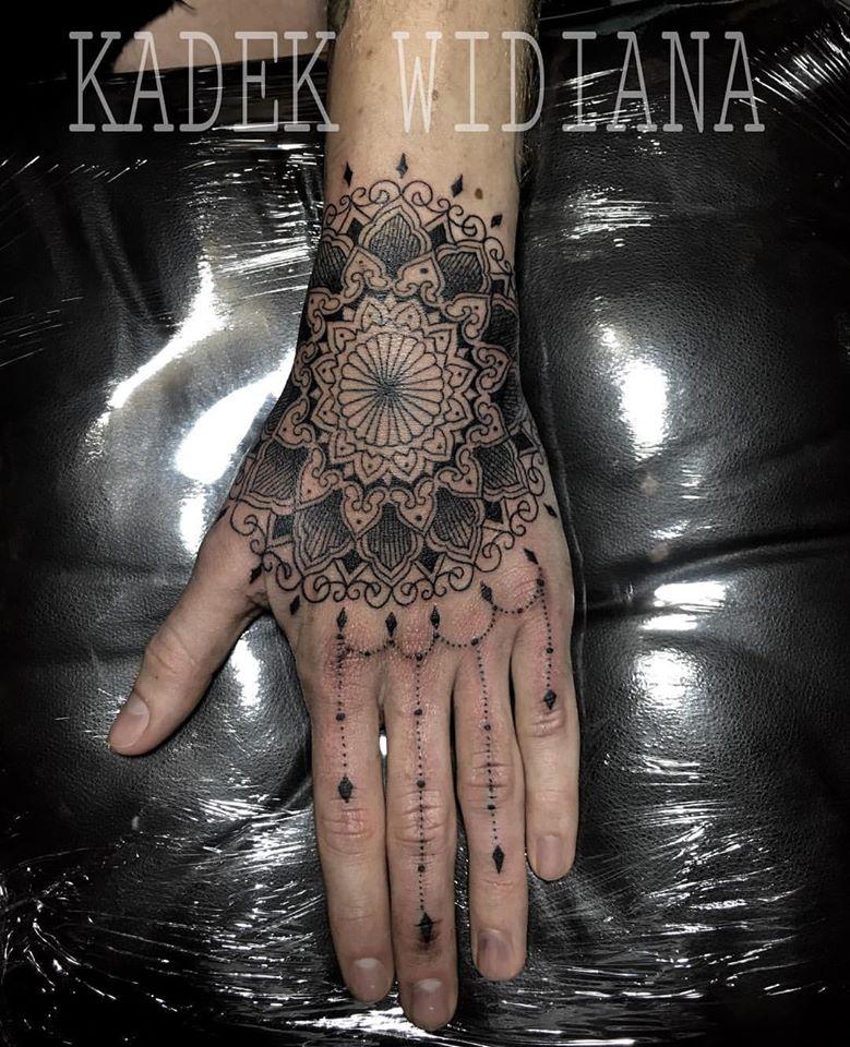 Henna Tattoo Seminyak: Best Tattoo Studio In Bali